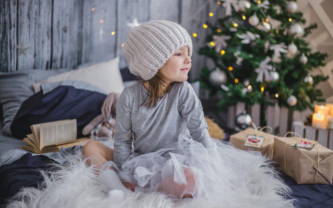 Radovedni Mihec – Božičkov pomočnik